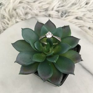 925 sterling silver faux diamond ring size 7